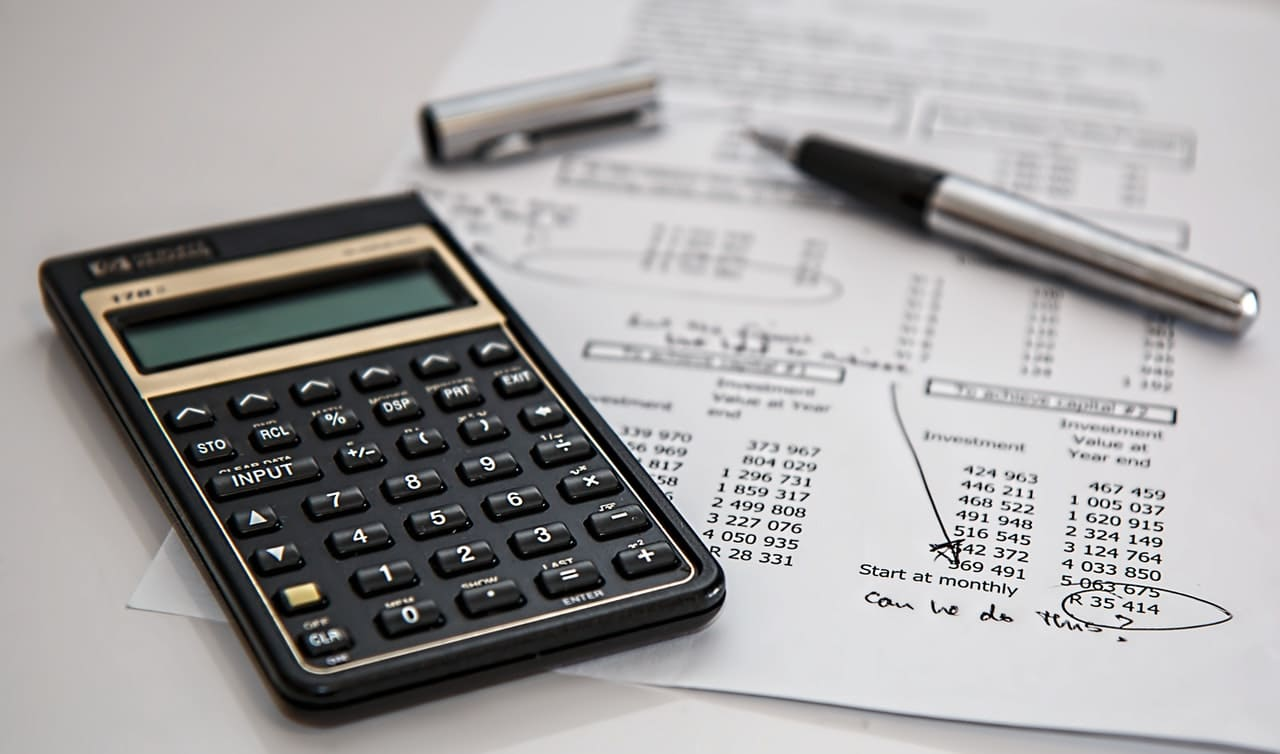 find the right financial strategy as landlord