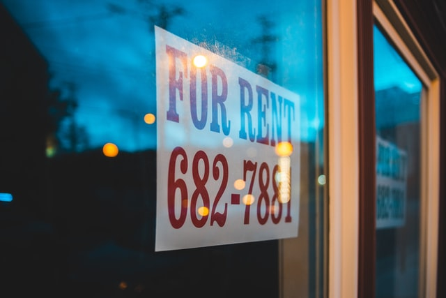 placing for rent signs